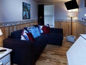 Ellas Suite sofa